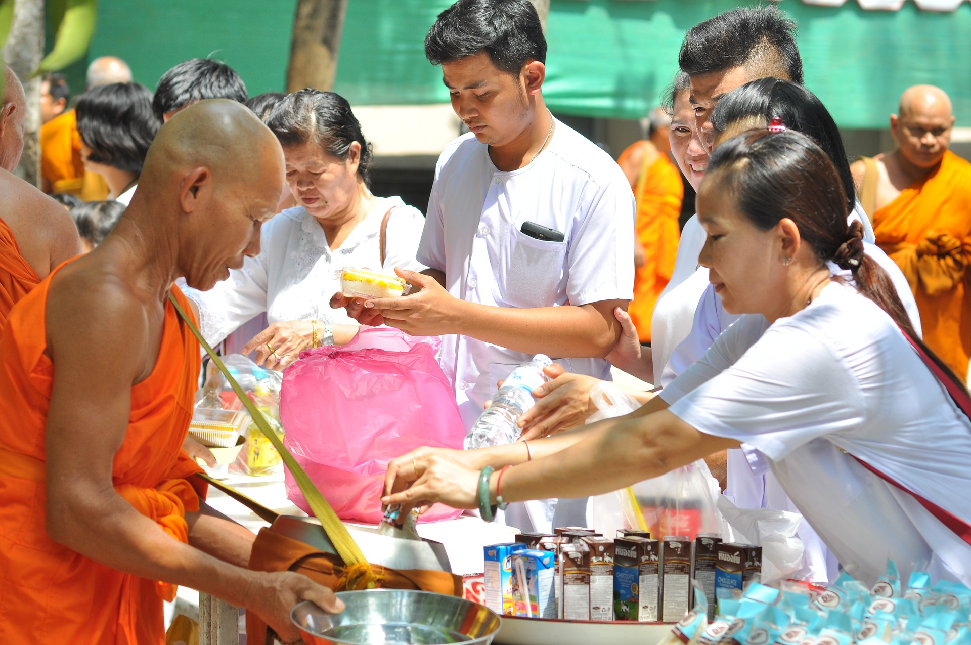 Alms-Giving-Thailand