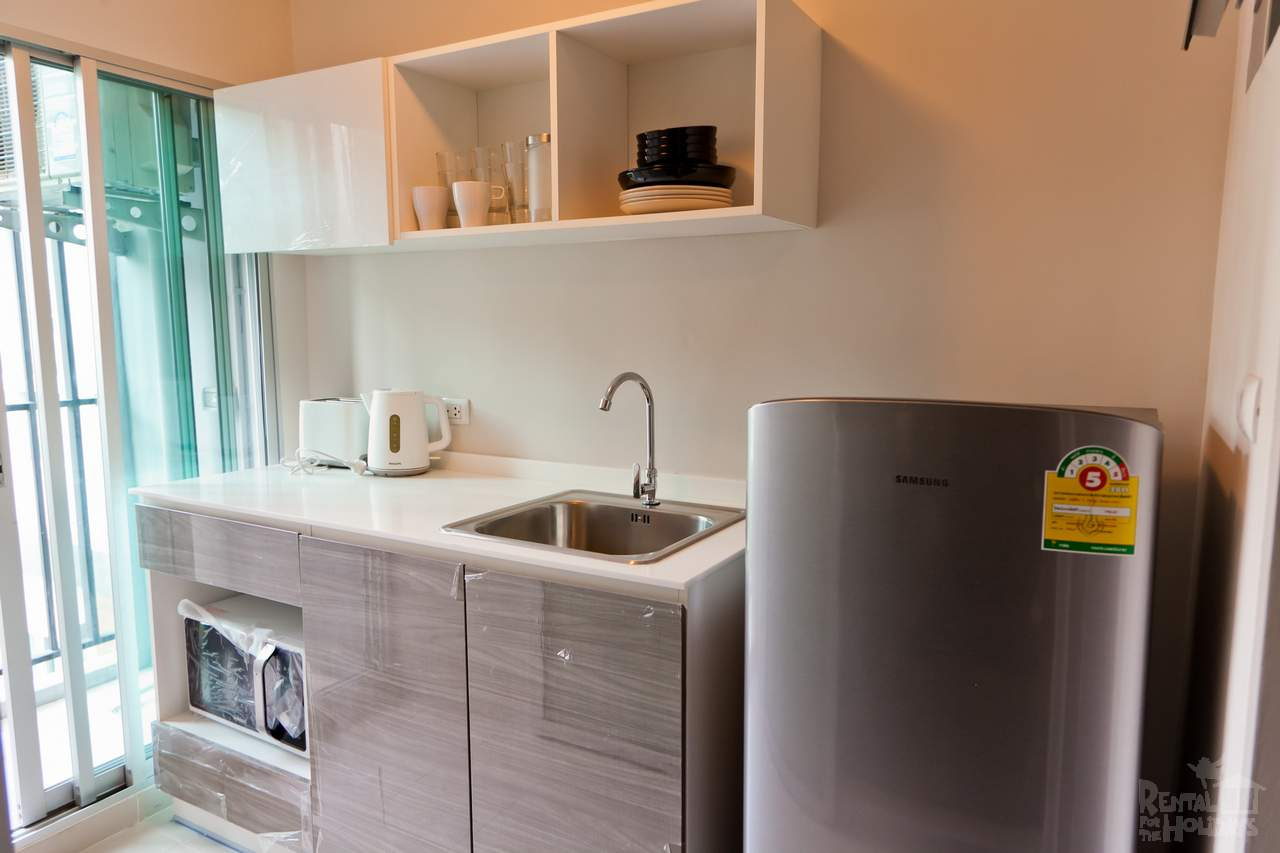 DCondo-Mine-Studio-Apartment-Kitchen-Phuket