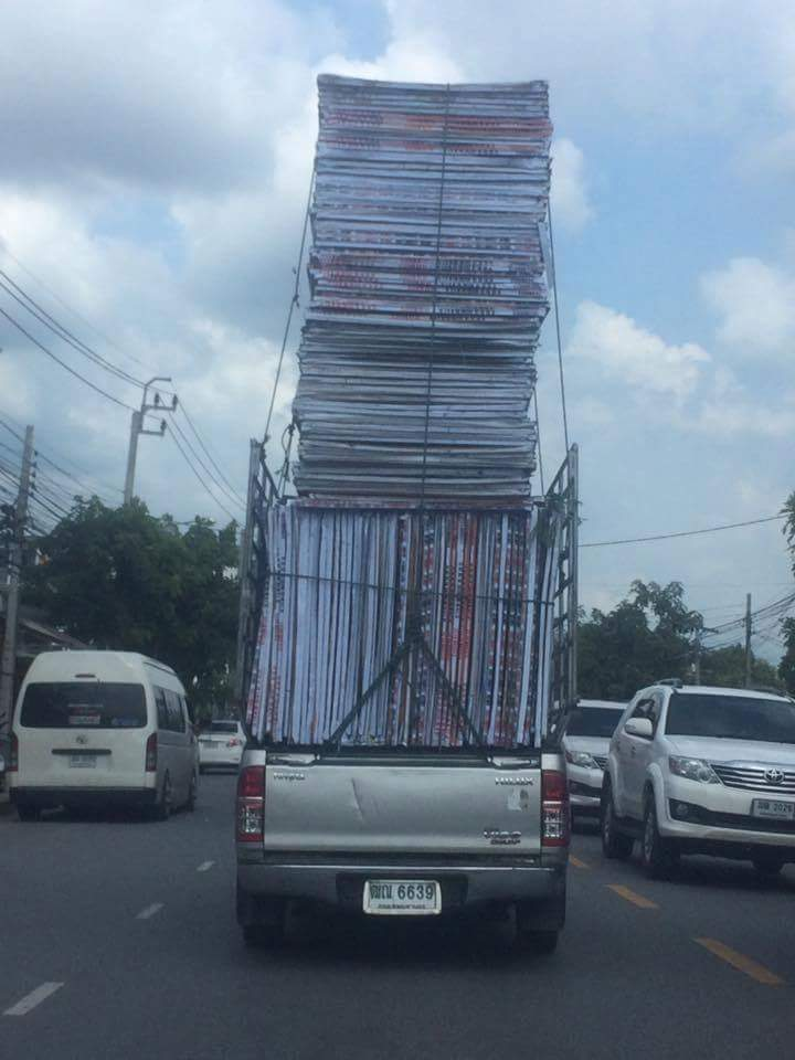 Transporting-Signs-Thailand