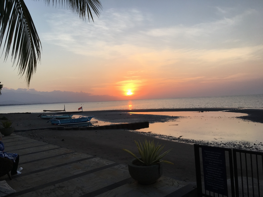 Lovina-Bali-Sunset-Padmasari-Resort--1024x768-